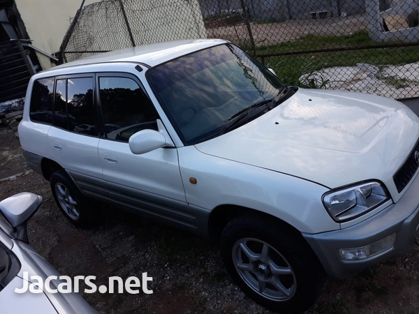 Toyota RAV4 1,8L 2000-1