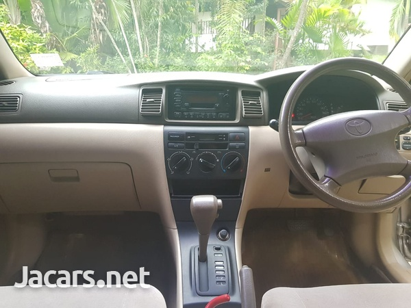 Toyota Corolla 1,5L 2001-7