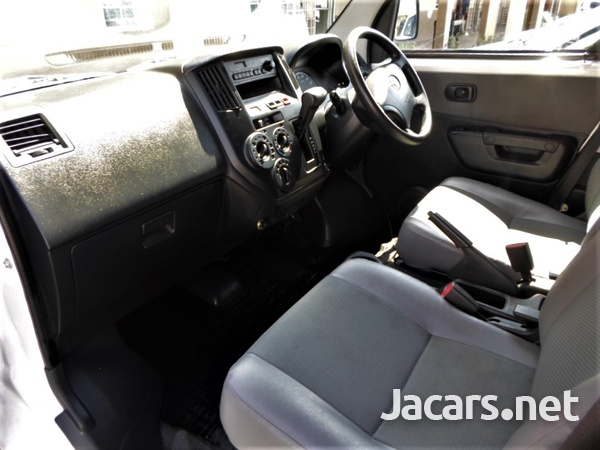 Toyota Town Ace 1,5L 2013-8