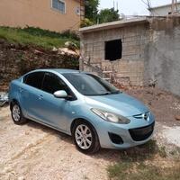 Mazda 2 5,0L 2013