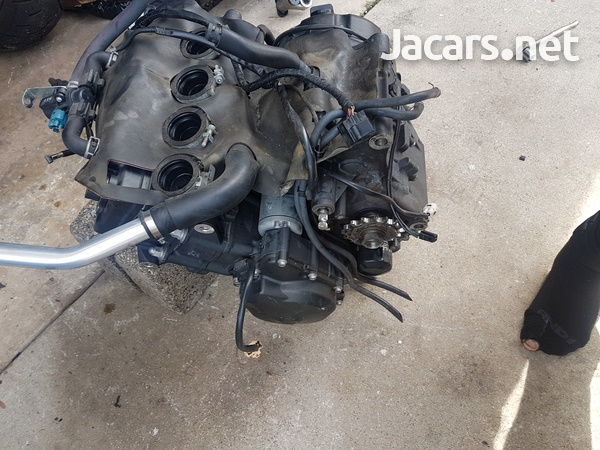 2013 yamaha r6 parting out ask for parts-6