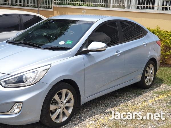 Hyundai Accent 1,4L 2014-4