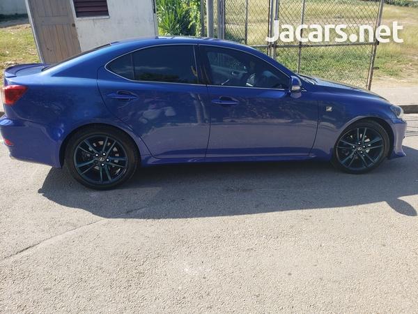 Lexus IS 2,5L 2011-3