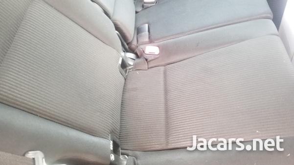 Toyota RAV4 2,5L 2013-4