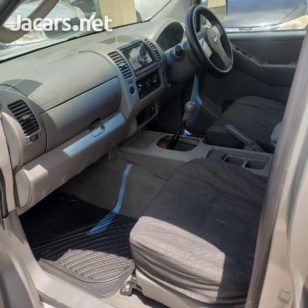 Nissan Navara 2,5L 2008-4