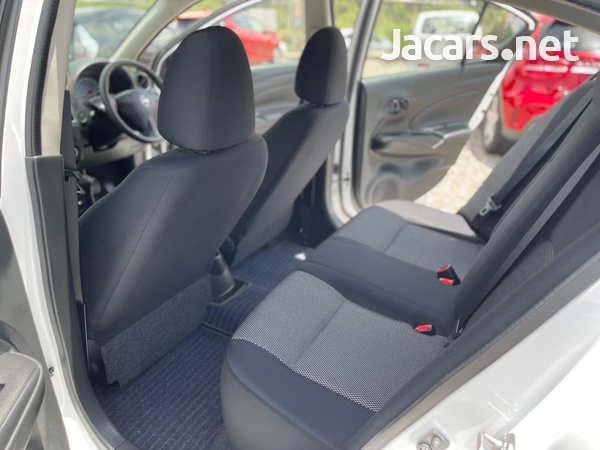 Nissan Latio 1,2L 2016-11