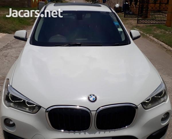 BMW X1 1,8L 2018-1