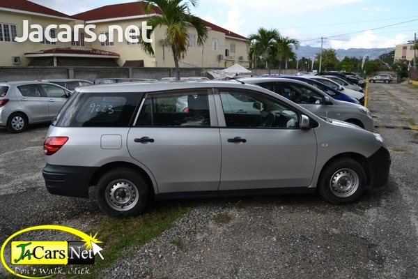 Nissan AD Wagon 1,5L 2013-8