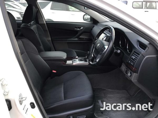 Toyota Mark X 3,6L 2011-9