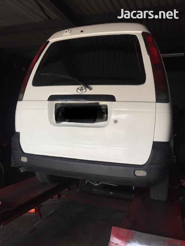 Toyota LiteAce 2,0L 1998-3