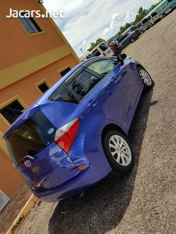 Toyota Ractis 1,5L 2012-6