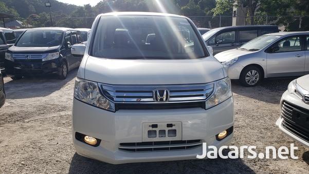 Honda Stepwgn 2,0L 2011-12