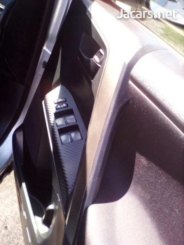 Toyota RAV4 2,0L 2013-10