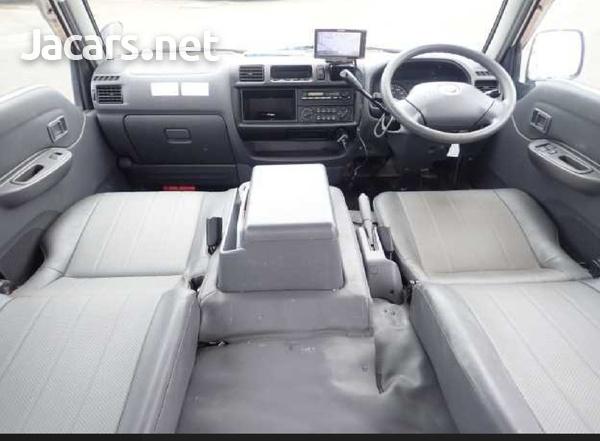 Mazda Bongo 1,8L 2014-3