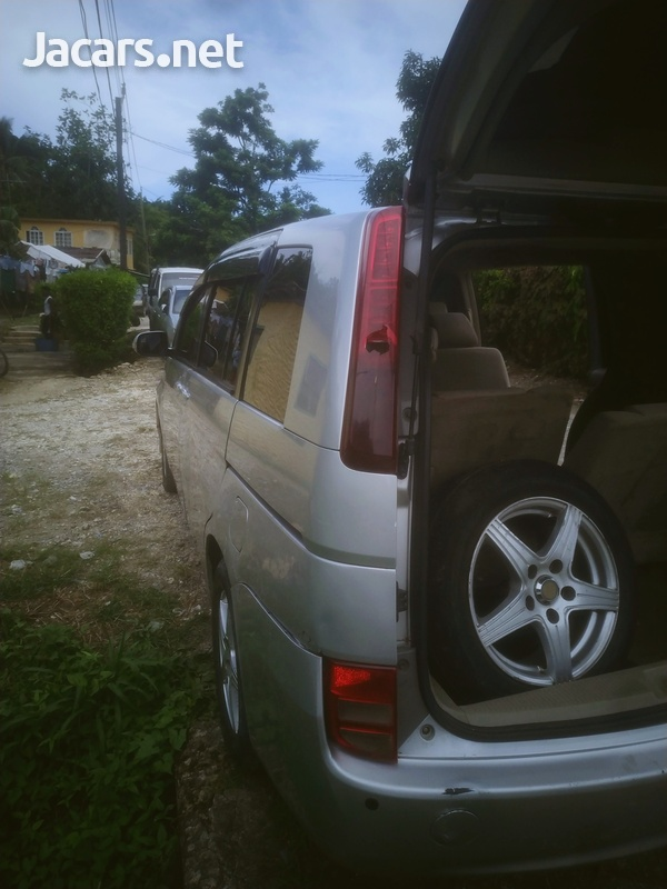 Toyota ISIS 2009 fully automatic 750,-3