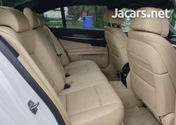 BMW 7-Series 3,0L 2013-5