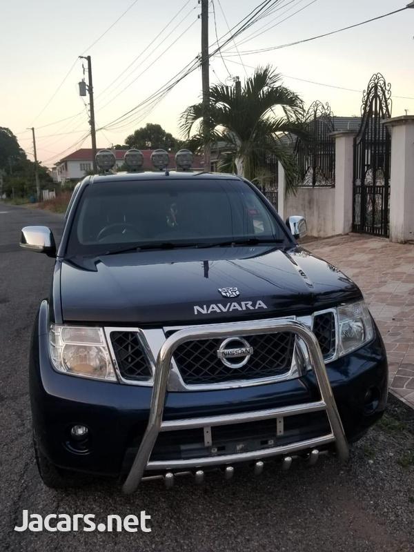 Nissan Navara 2,4L 2011-1
