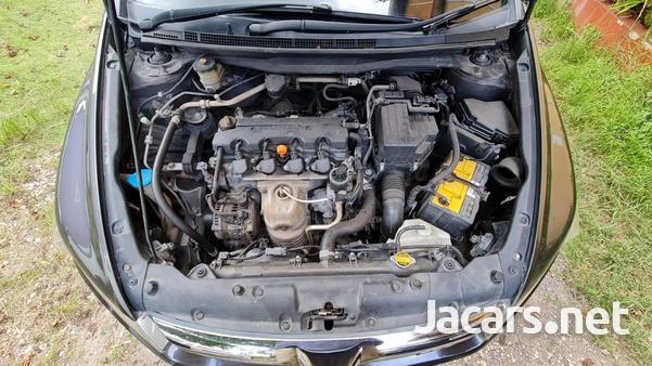 Honda Stream 2,0L 2008-2