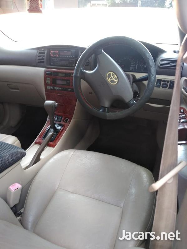 Toyota Corolla Altis 1,5L 2004-4