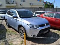 Mitsubishi Outlander or Airtrek 2,0L 2015