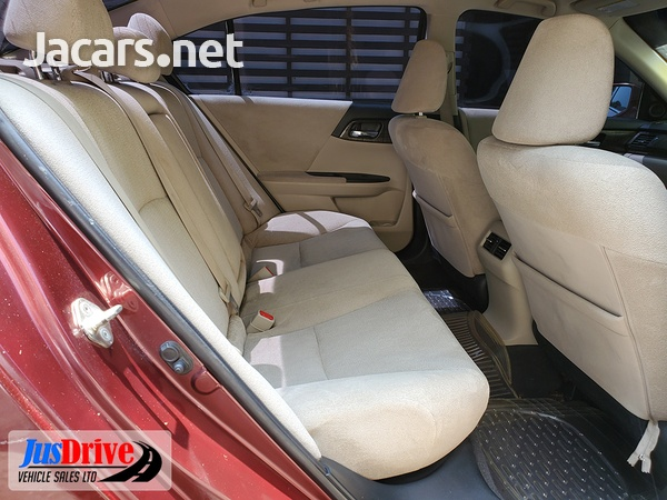 Honda Accord 1,9L 2013-8