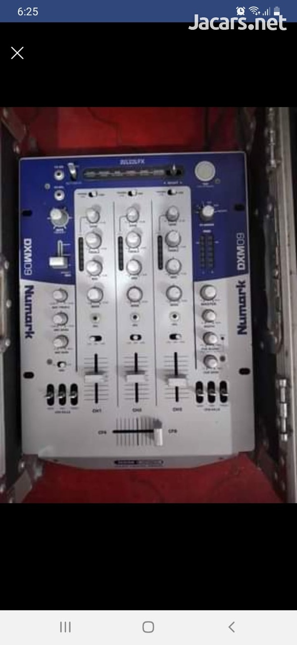 Numark mixer +2 Dennon Cd players and cases-3