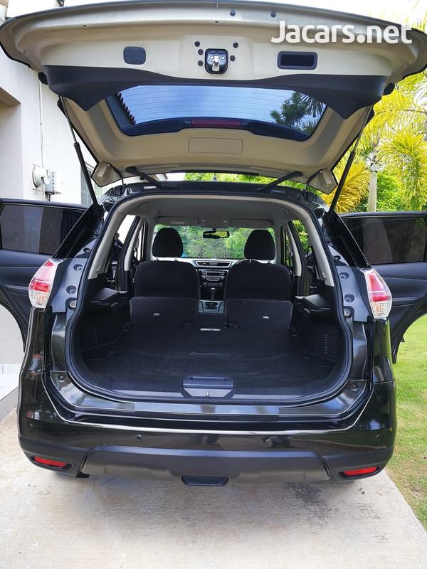 Nissan X-Trail 2,5L 2015-1
