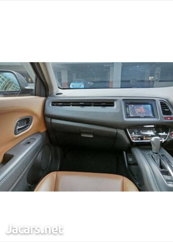 Honda Vezel 1,5L 2015-9