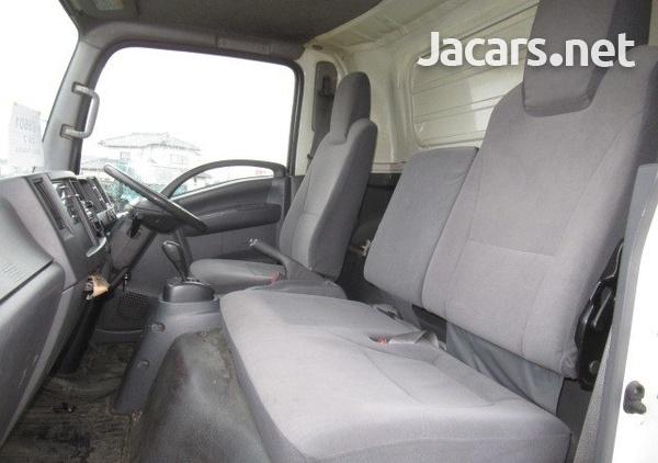 Isuzu Freezer Truck 2012-2