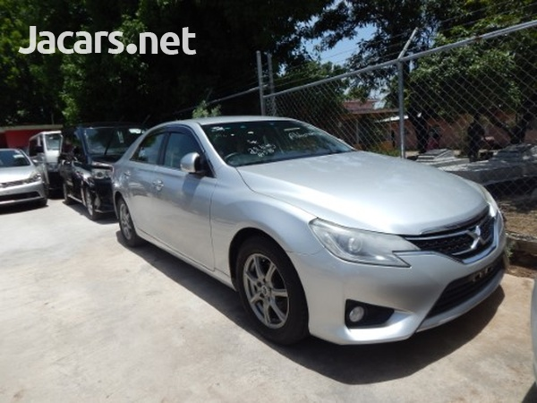 Toyota Mark X 2,5L 2013-1