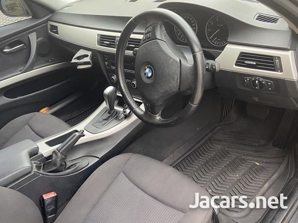 BMW 3-Series 2,0L 2010-5