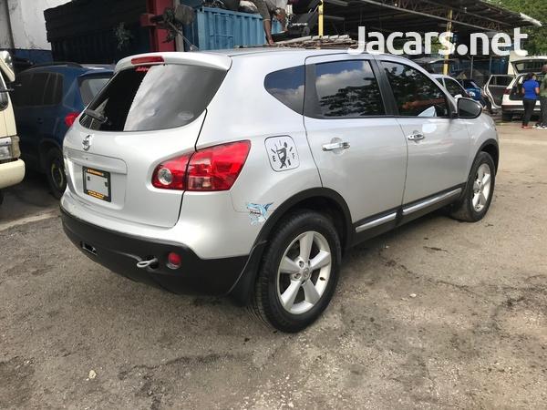Nissan Dualis 2,0L 2012-4