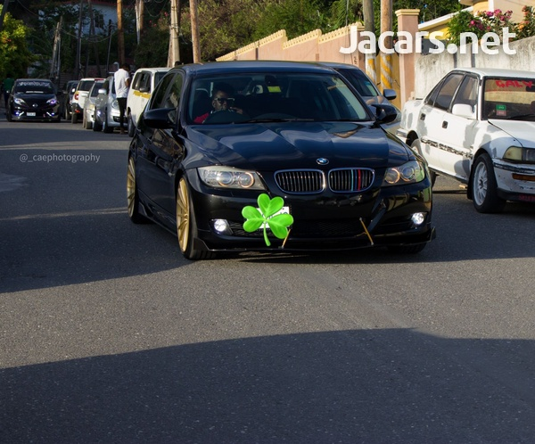 BMW 3-Series 3,0L 2010-6