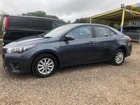 Toyota Corolla Altis 1,8L 2015