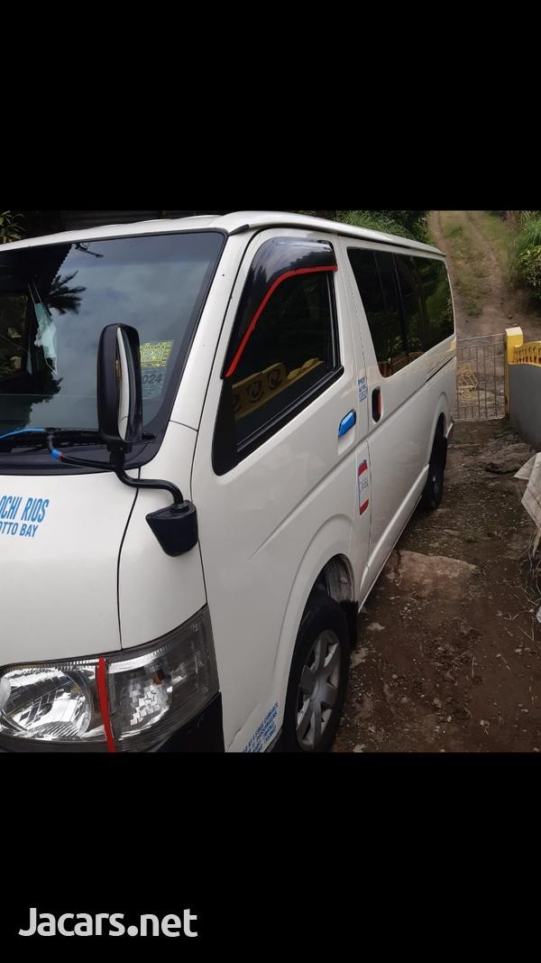 2011 Toyota Hiace Mini Bus-2