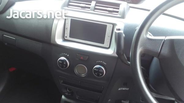 Toyota bB 1,5L 2014-6