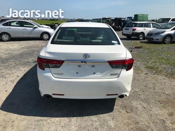 Toyota Mark X 2,5L 2016-5