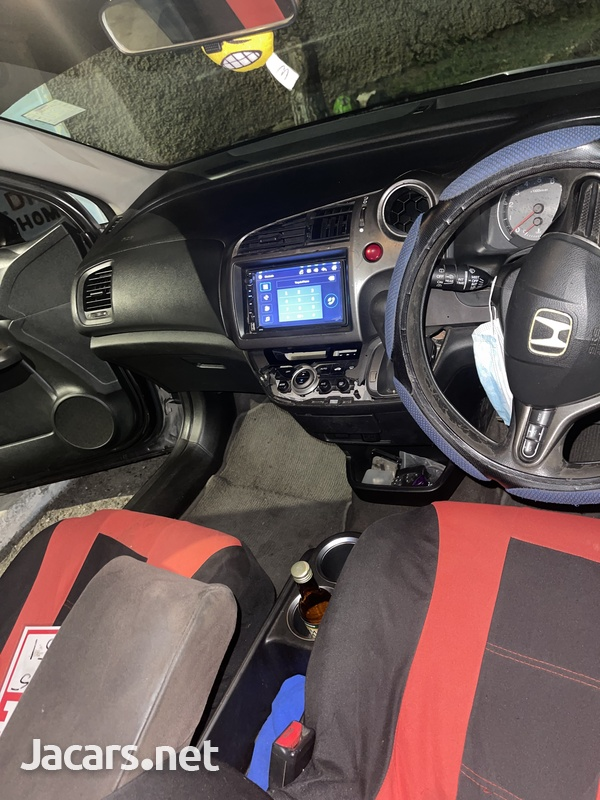 Honda Stream 1,8L 2007-4