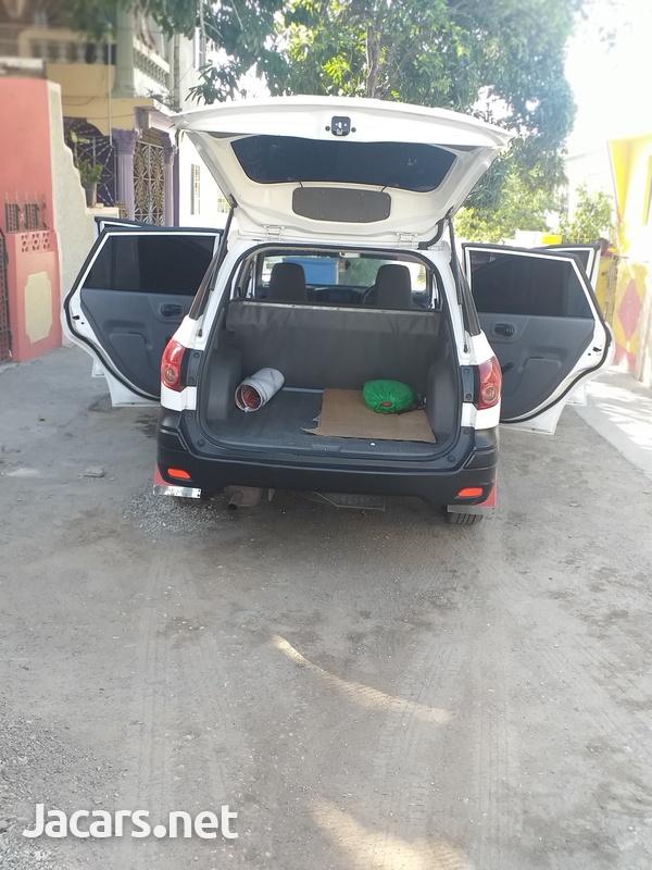 Nissan AD Wagon 1,6L 2013-7