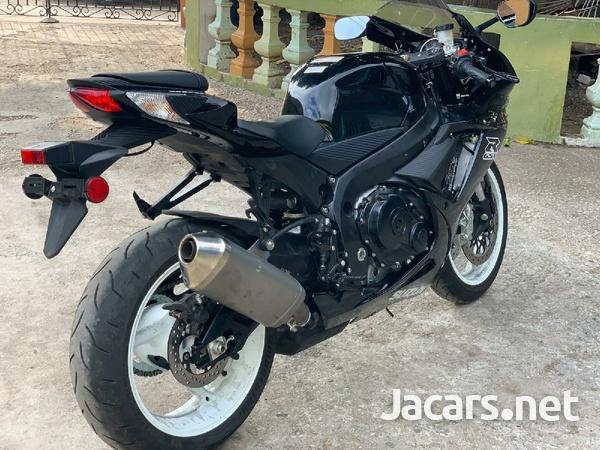2019 suzuki gsxr Bike-3
