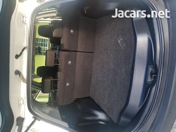 Toyota RAV4 2,5L 2015-10