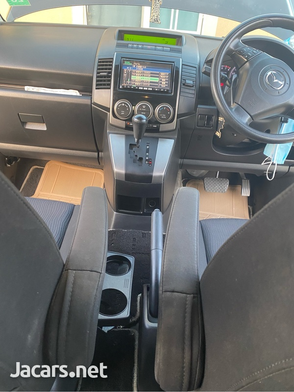 Mazda Premacy 2,0L 2010-1
