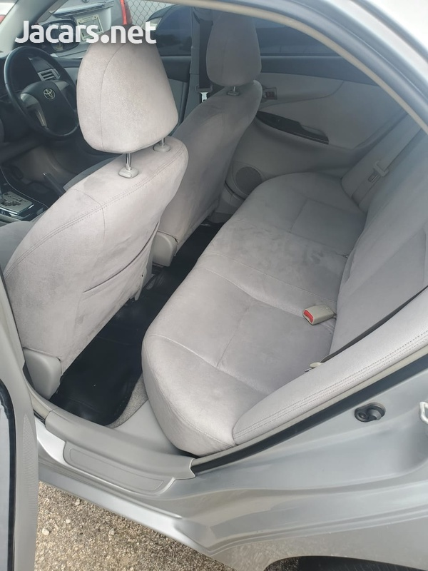 Toyota Axio 1,5L 2008-4