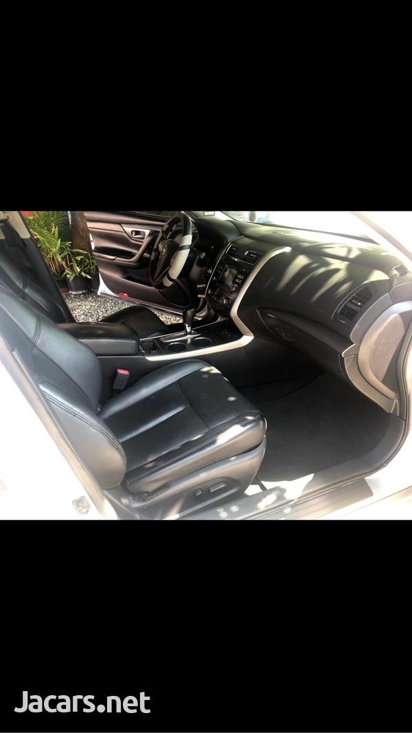 Nissan Altima 2,5L 2015-4