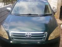 Toyota Picnic 2,0L 2003