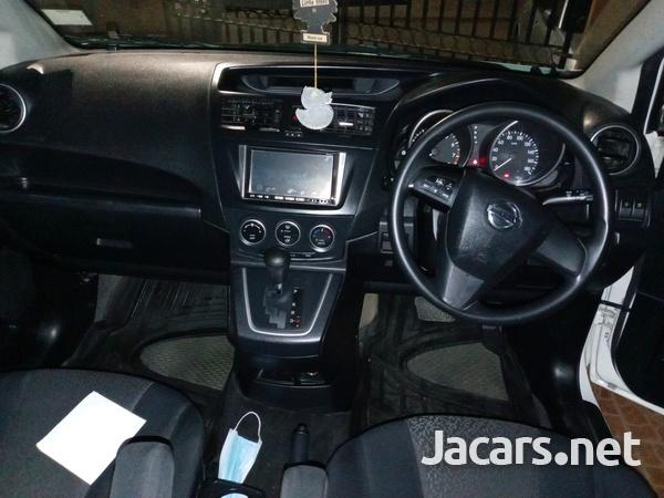 Nissan LaFesta 1,8L 2011-5