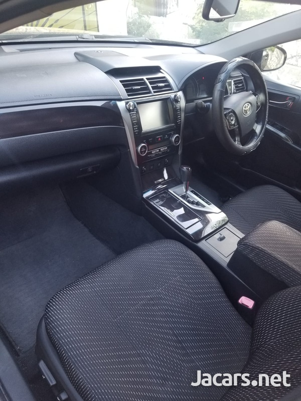 Toyota Camry 2,0L 2012-5