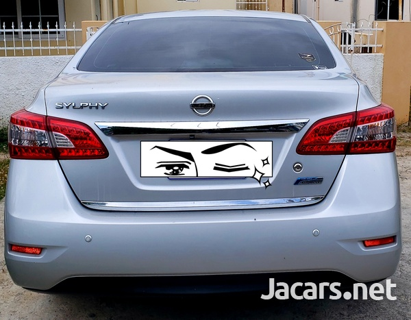Nissan Sylphy 1,6L 2014-4