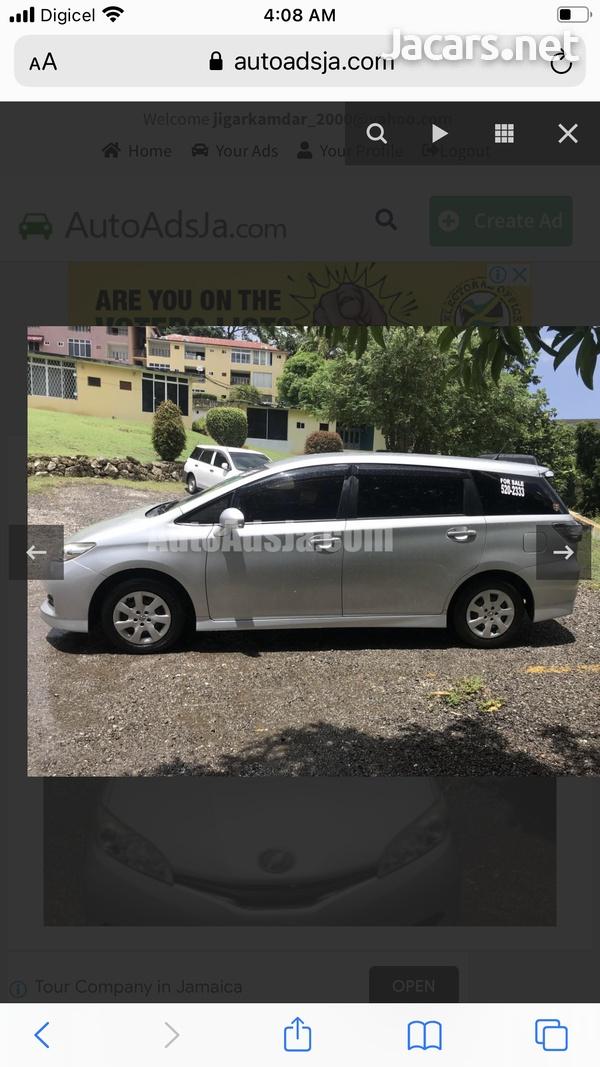 Toyota Wish 2,0L 2014-4