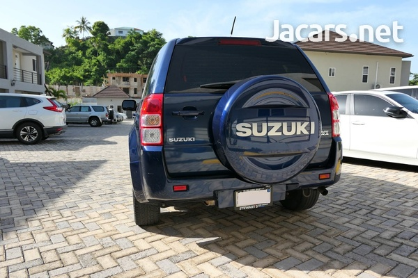 Suzuki Grand Vitara 2,0L 2013-5